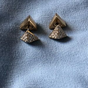EUC Stella & Dot triangle gold double sided studs